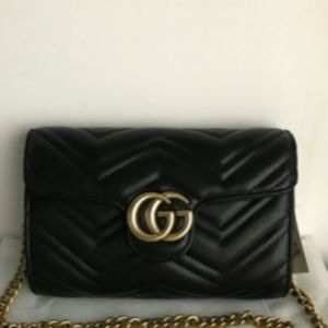 Brand New Gucci GG Marmont matelassè shoulder Bag